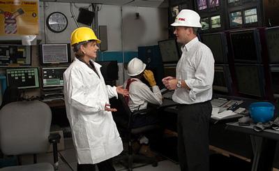 Pamela Godwin visiting FMC BioPolymer Plant, Newark, Delaware